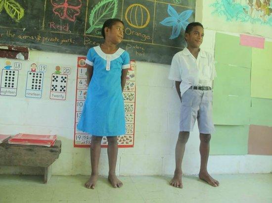 Mana Lagoon Backpackers: school