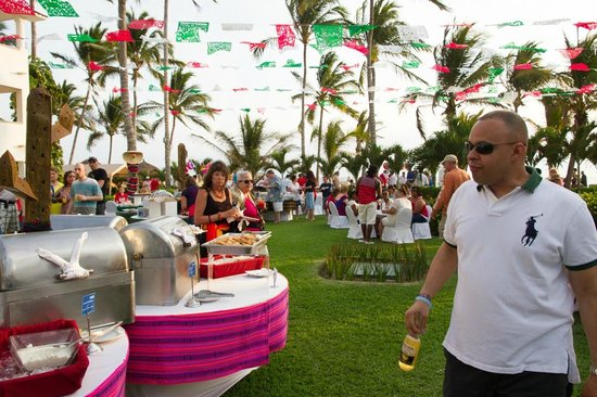 Marival Resort & Suites: Private Party w food and drinks