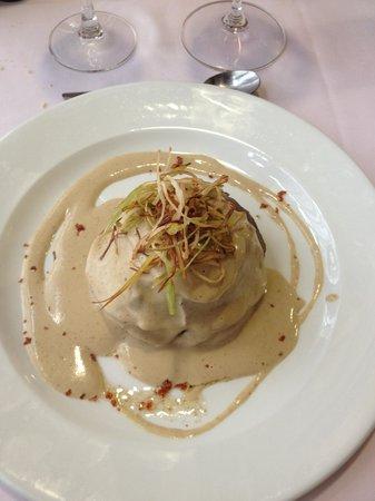 Restaurant Mare de la Font: Mil hojas de ternera con salsa de setas
