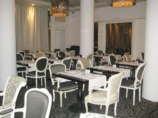 Gran Melia Colon: Breakfast Room