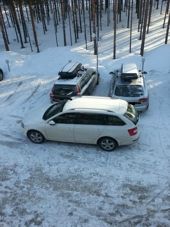 Lapland Hotel Sirkantahti: parking lot