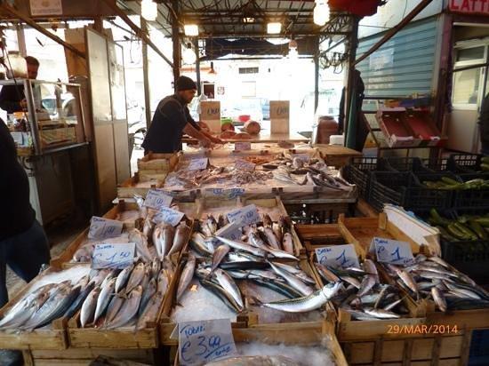 Mercato Ballarò: pesce fresco