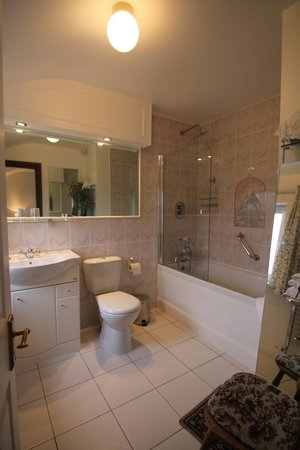 Sea Shore Farm Guesthouse: Bathroom 5