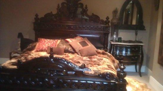 The Covenstead Glastonbury: Herne's room