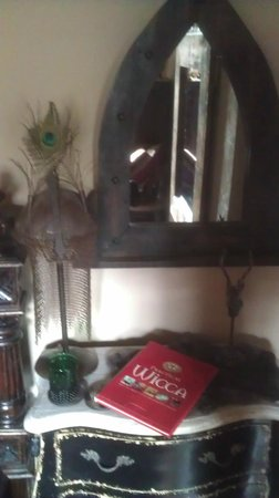 The Covenstead Glastonbury: rooms