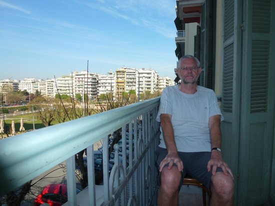 Hotel Orestias Kastorias: enjoying the balcony