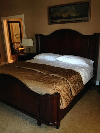 La Maison in Midtown, an urban bed and breakfast: comfy bed
