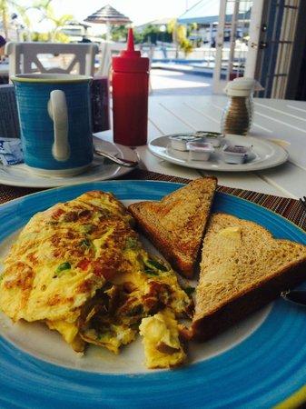 Ocean Reef Yacht Club & Resort: Breakfast at their restaurant.... convenient!