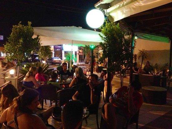 Mojo Cocktail Bar: Mojo nights