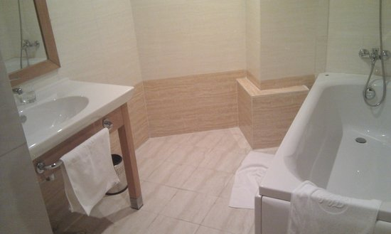Hotel Hocine : Bathroom