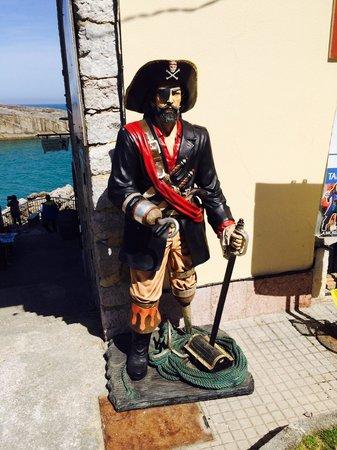 Los piratas del sablon