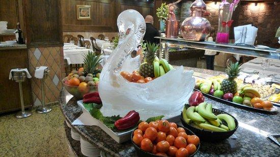 Hôtel Spa Princesa Parc : regular ice sculptures.