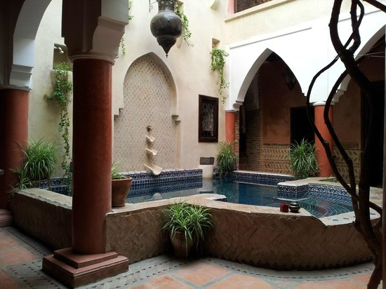 Riad Plein Sud : zwembad