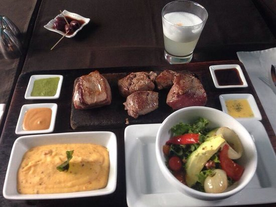 Uchu Peruvian Steakhouse: Loco Carnes