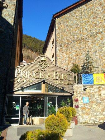 Hotel Princesa Parc : view above main entrance.