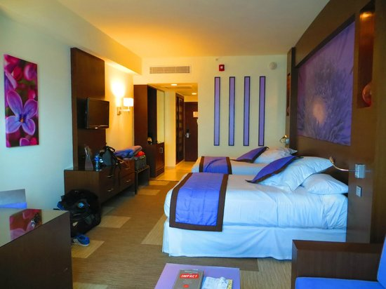 Hotel Riu Plaza Panamá: Room