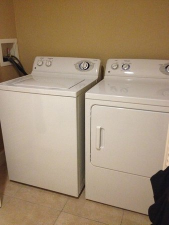 Westgate Town Center Resort & Spa : Washer + dryer.  2 packets of detergent provided.  Bring Downy!
