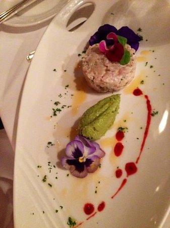Cambridge Beaches: Starter in main restaurant - local wahu fish