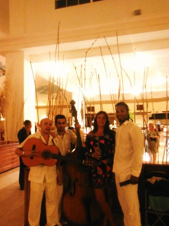 Sol Cayo Guillermo: house band