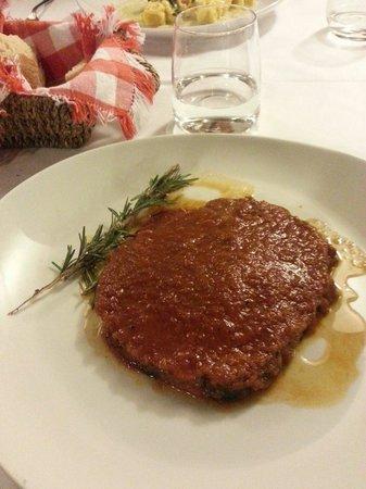 I Toscano : Braised Beef Florentine