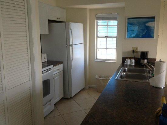 Ocean Pointe Suites at Key Largo: Full Kitchen