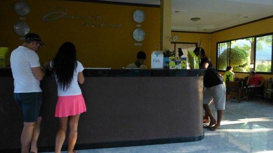 Phi Phi Andaman Beach Resort : Ресепшен