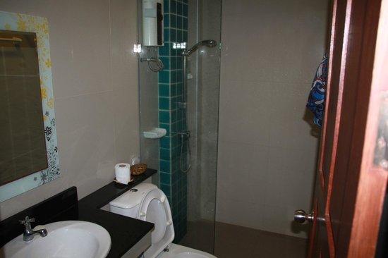 Phi Phi Andaman Beach Resort : Ванная комната