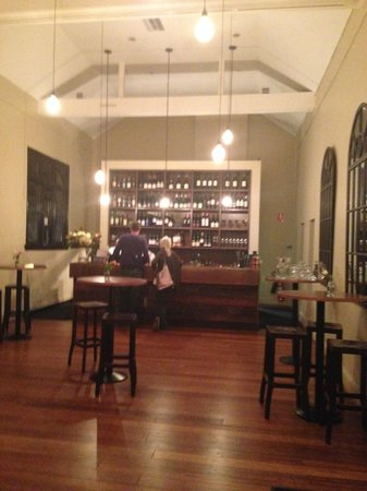 Union Bank Wine Bar & Dining: The bar area at Union Bank