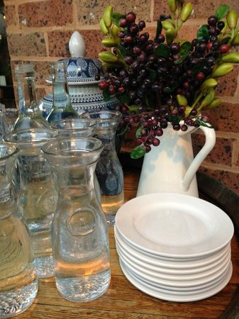 Union Bank Wine Bar & Dining: Even the water table is set with care