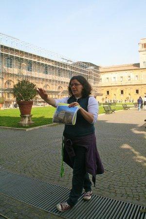 City Wonders : Emma providing details prior to entering the Vatican Museum/Sistine Chapel. Impressive knowledge