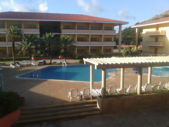 Dunes Hotel & Beach Resort: Piscina del area Premium