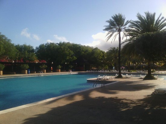 Dunes Hotel & Beach Resort: Piscina principal