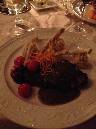 Fourways Inn: Beef tenderloin