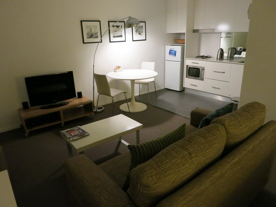 Harbourside Apartments: The suite