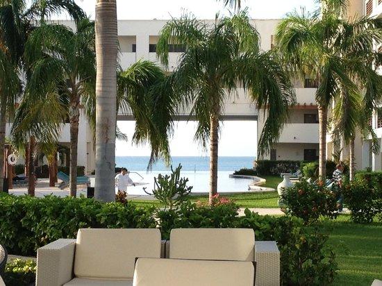 Secrets Silversands Riviera Cancun: Vue du lobby