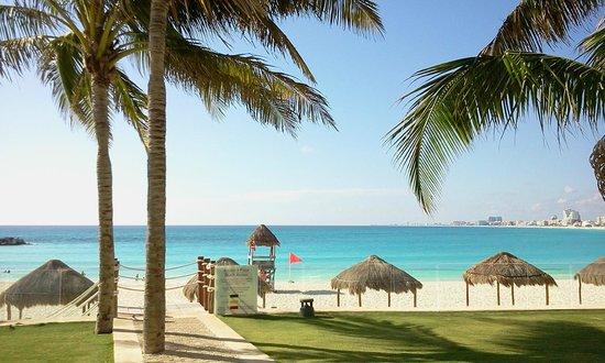 Krystal Grand Punta Cancun: view from the bali bed