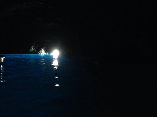 Blaue Grotte (Grotta Azzurra): Larry Pictures