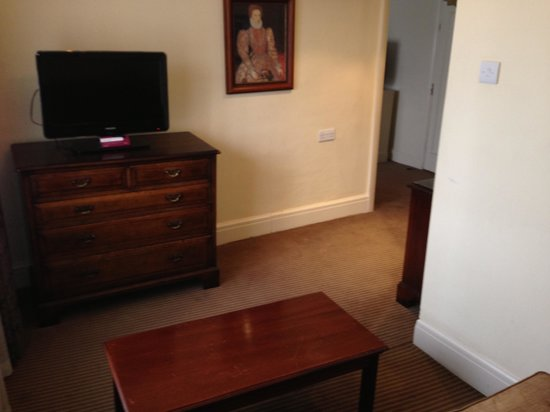 Mercure Stratford-Upon-Avon Shakespeare Hotel: Lounge area in suite