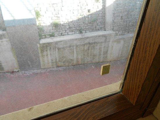 Hotel Miralago: vetro corridoi 3