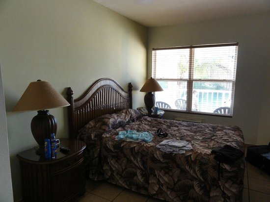 Island Seas Resort: 1 bedroom in 2 bedroom unit across the street