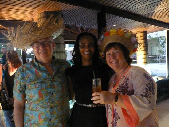 South Beach Hotel: Veronica with 2 guests