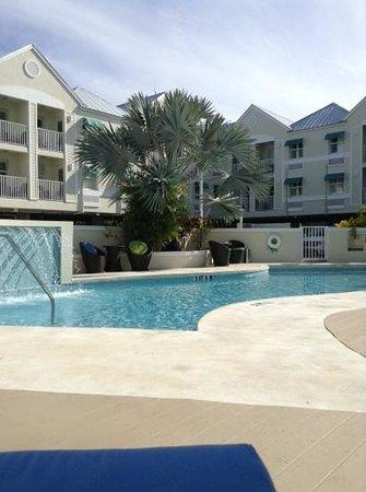 Silver Palms Inn : pool area