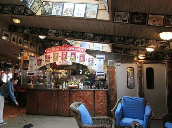 Paradise Cove Beach Cafe: entrance