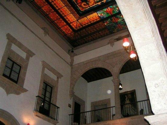 Hotel Virrey de Mendoza: inner rooms