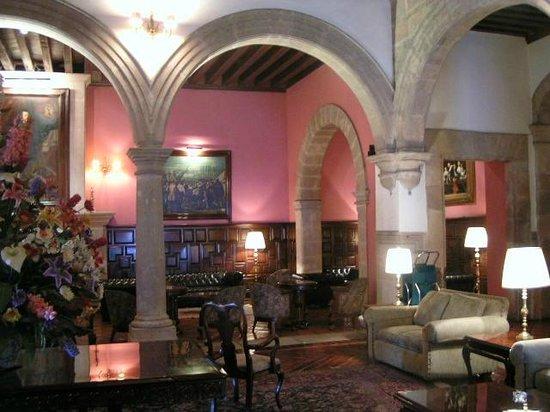 Hotel Virrey de Mendoza: lobby