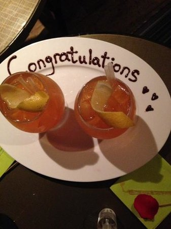The Balmoral Bar: complementary cocktail - so delicious