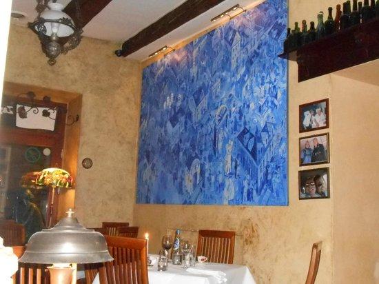Pod Baranem : Interior of the restaurant, great paintings