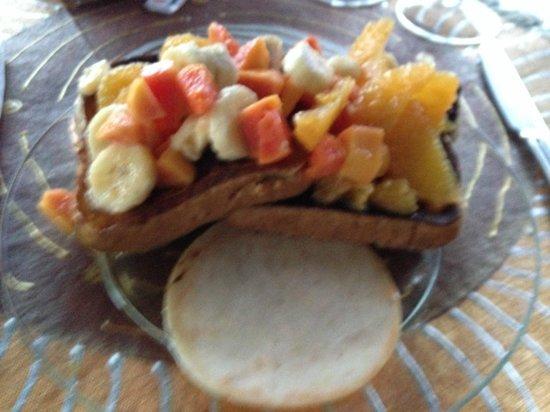 Neita's Nest: Breakfast