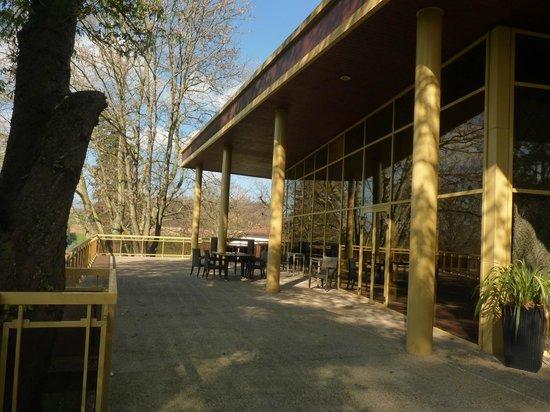 Domaine de la Colombière : La terrasse du Restaurant en mars 2014