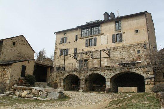 Le Château Brangoly: Vistas de la casa